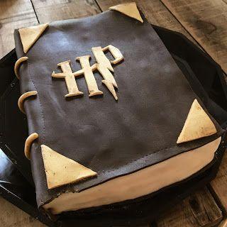 Gâteau d'anniversaire Harry Potter : Le grimoire