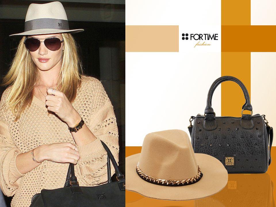 Sombrero con cadena y bolso negro con aplicaciones de FOR TIME