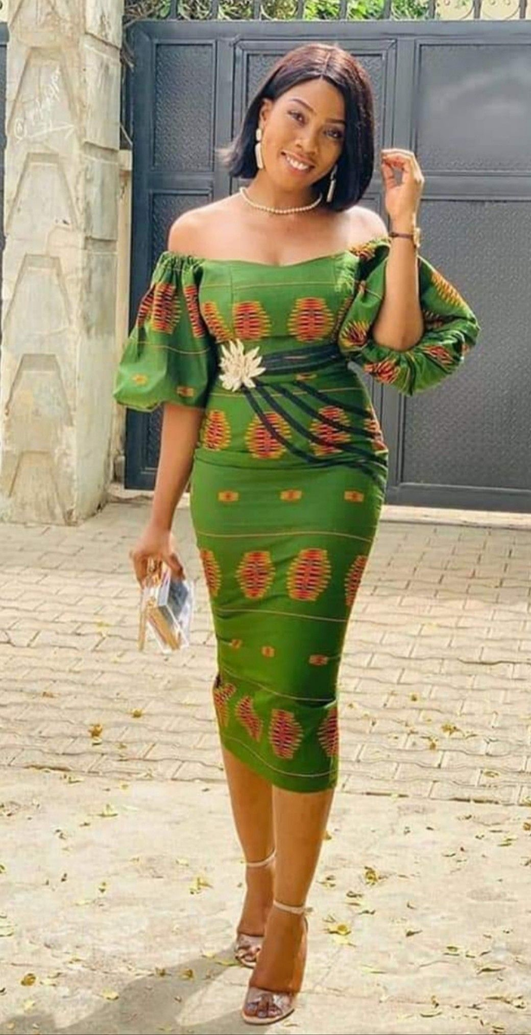 Pin By Aminata Ndao On Wax Tendance In 2020 African Dresses For Women Ankara Dress Styles African Attire
