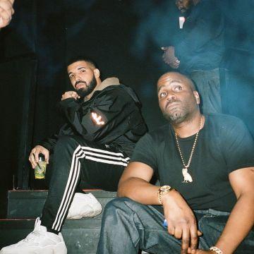 Adidas Yeezy500 Worn By Drake Outfits Spotern Look Fashion Star Style Drake Drake Fashion Drake Clothing Aubrey Drake