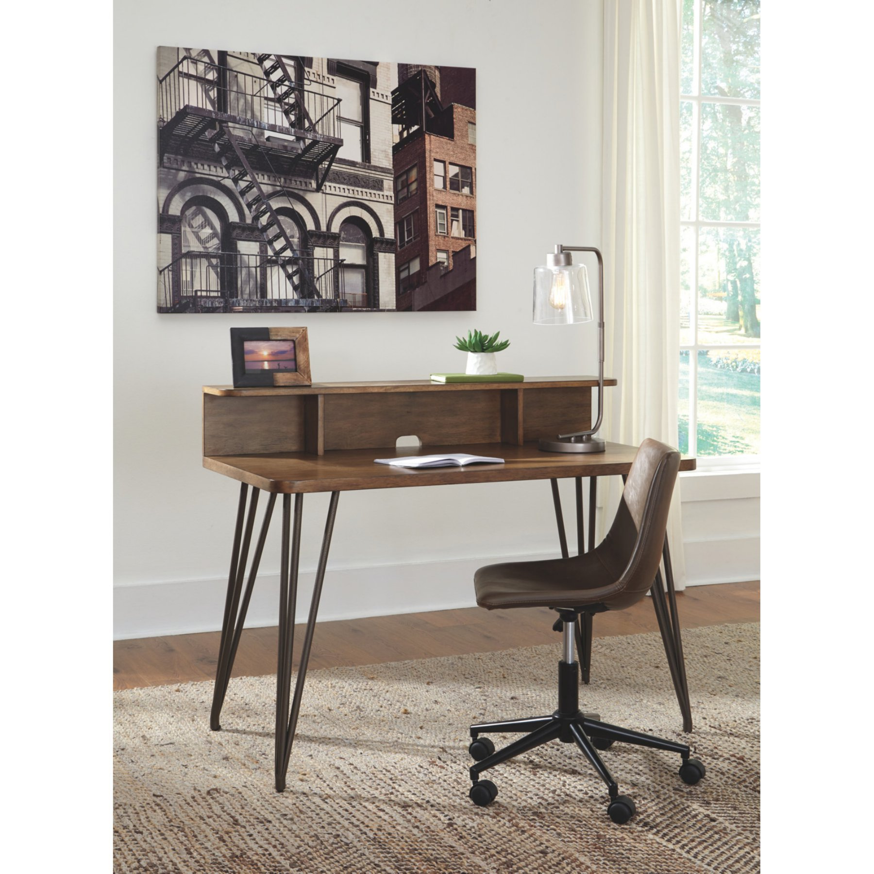 Signature Design By Ashley Fullinfurst Home Office Desk And Hutch