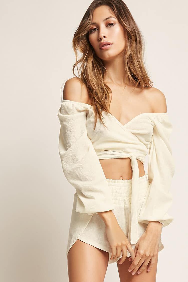 e0bc80c0304 Tie-Front Crop Top | Coachella Fashion in 2019 | Wrap dress, Dresses ...