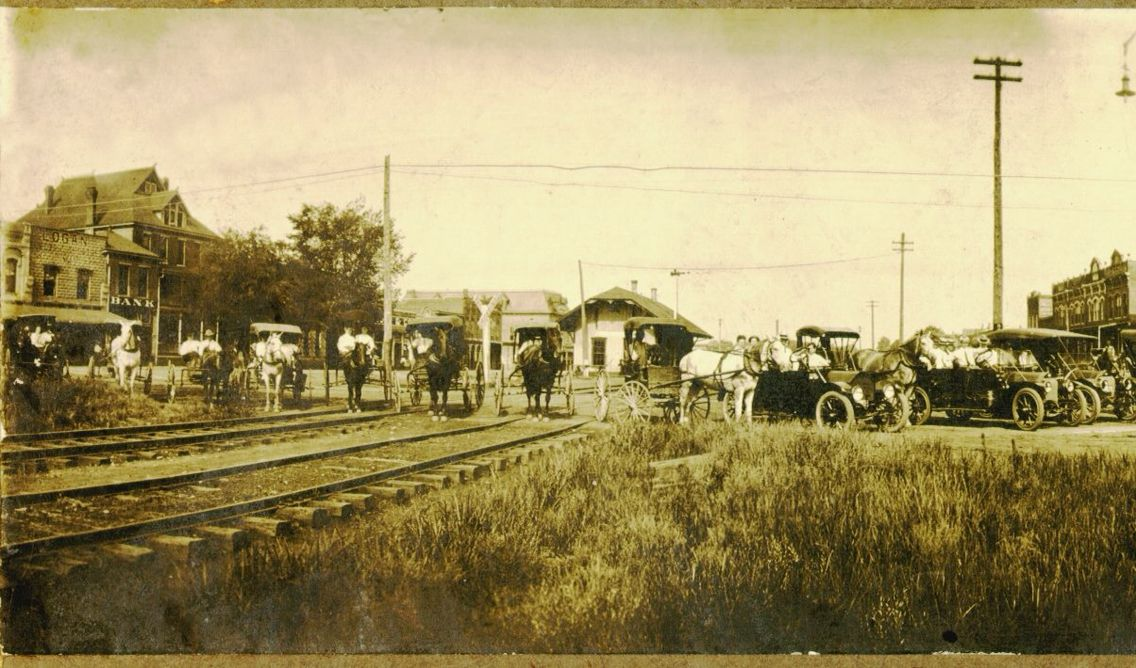 Morrilton AR, Railroad Ave, looking towards west at the ...