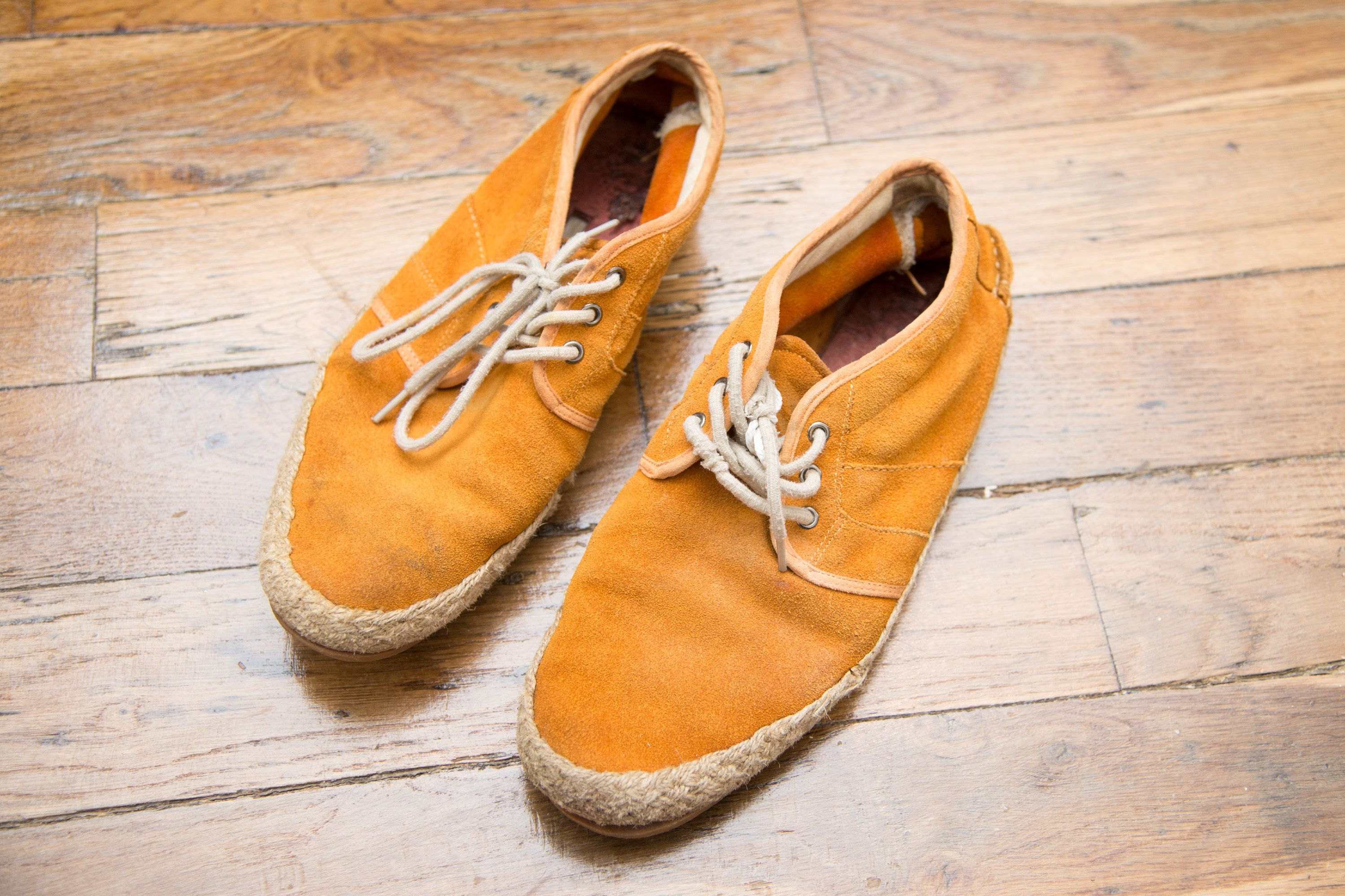 How To Remove Grease Stains From Suede Boots With Pictures