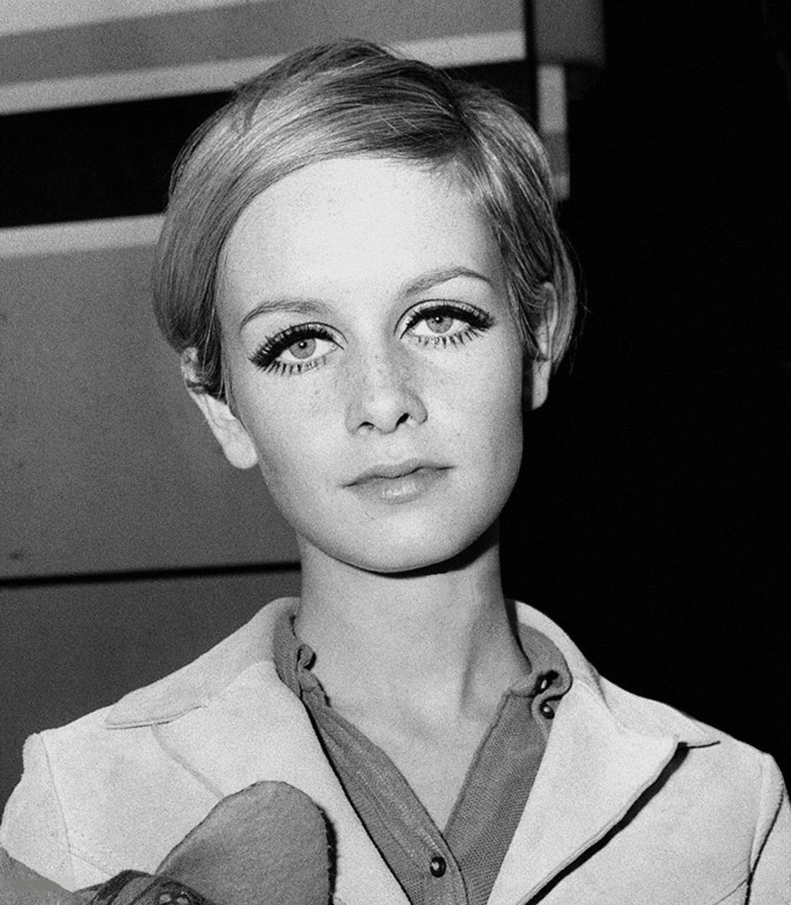 Twiggy, at Heathrow Airport, London before her journey to
