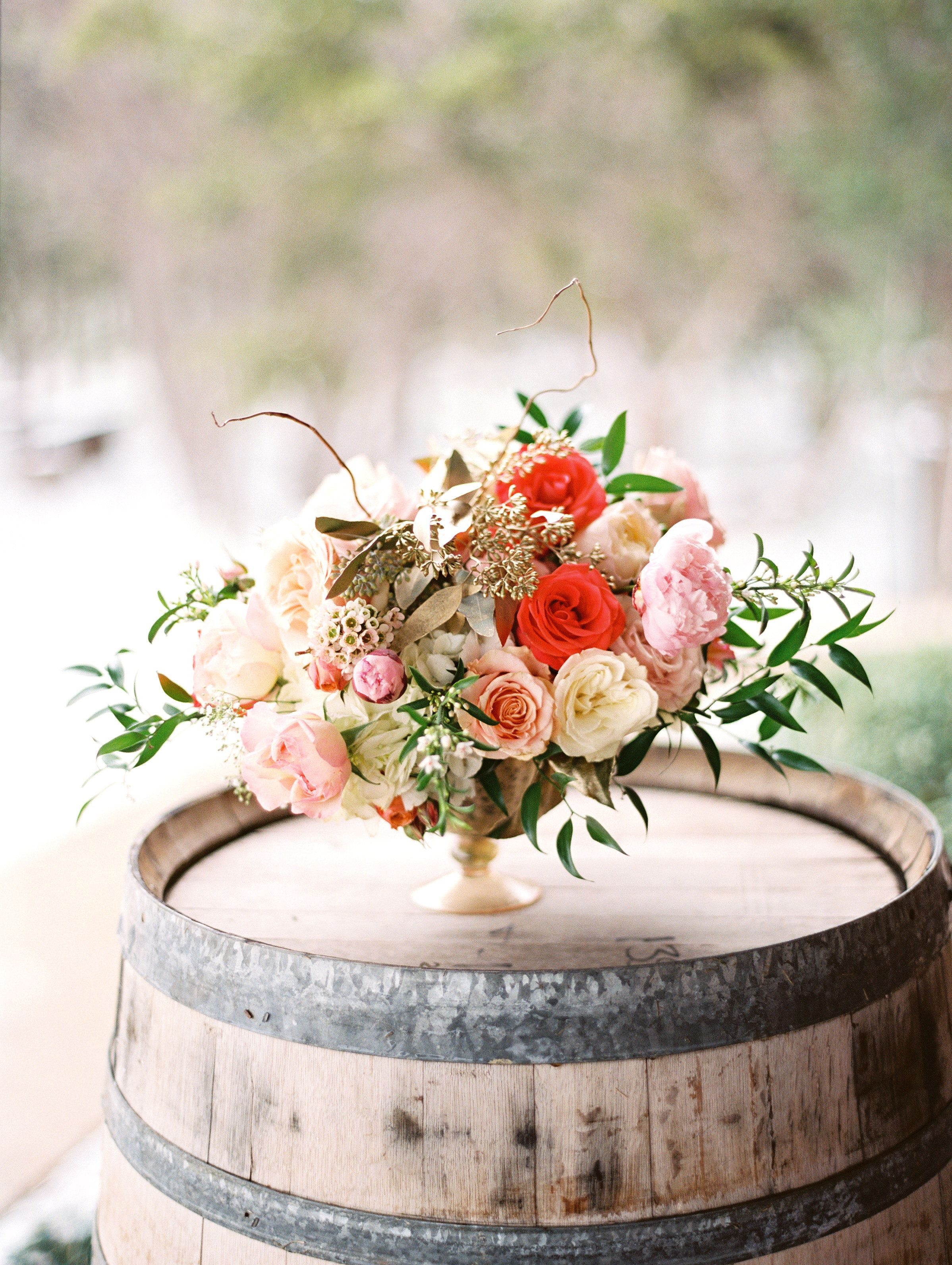 Love is sweet and these vintage boho wedding ideas are a