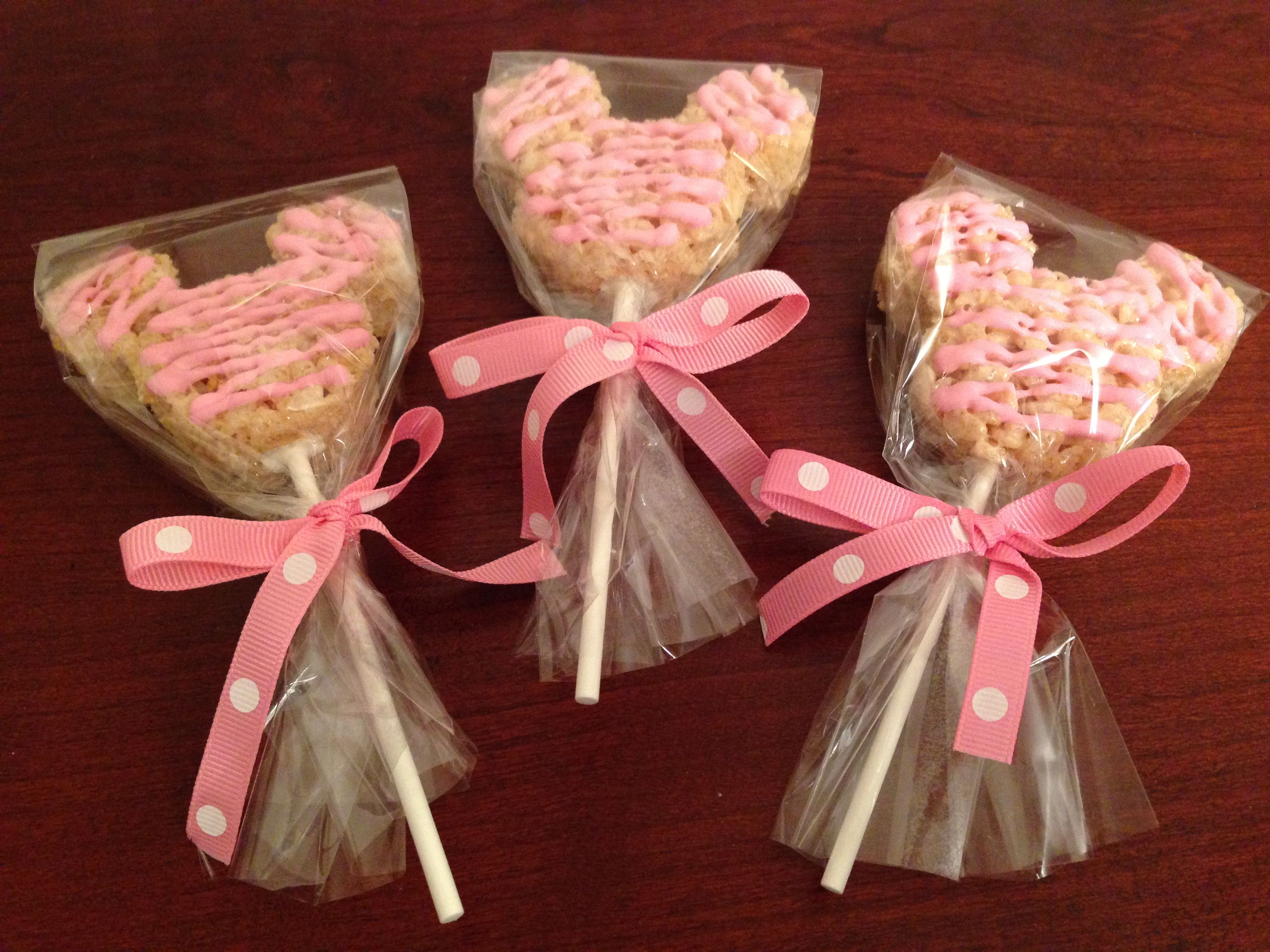 Minnie Mouse Themed Rice Krispie Treats With Pink