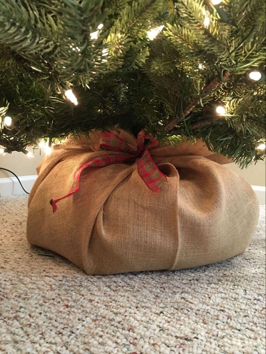 Original Christmas Tree Stand Ideas With Diy Charm Burlap Christmas Tree Christmas Tree Stand Christmas Tree Base