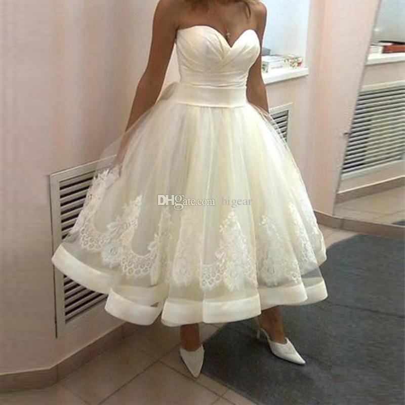 Sleeveless Sweetheart Tea Length Vintage Wedding Dress with Corset ...