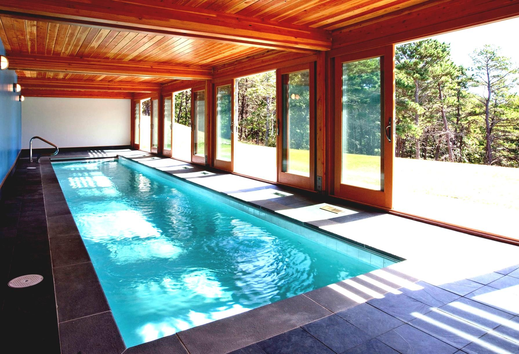 Indoor pool modern google search metal homes Indoor swimming pool pictures