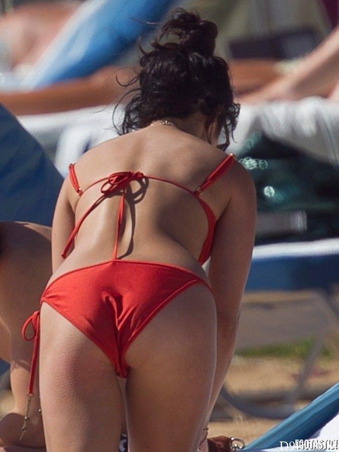 Vannesa hudgens in bikini
