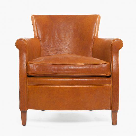 MOORE & GILES Signature Saddle leather | Leather Sofa Color Decision ...