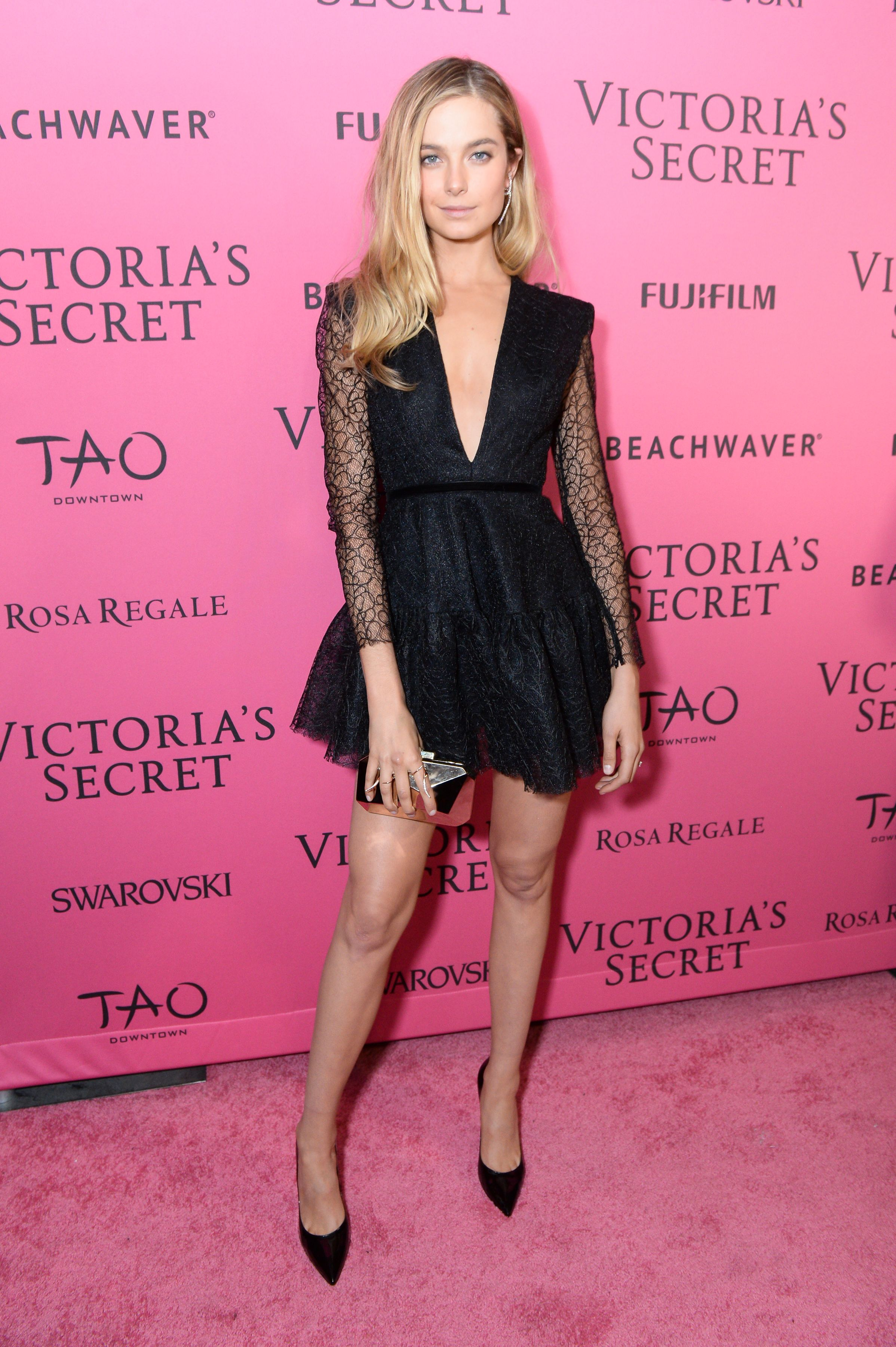 See What The Victoria S Secret Angels Wore To The After Party Celebrity Black Dress Victoria Secret Fashion Show Victoria Secret [ 3600 x 2396 Pixel ]
