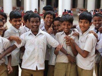 AN ENCOUNTER AT THE THIRUMALAI NAYAKAR PALACE | Palace, School boy ...