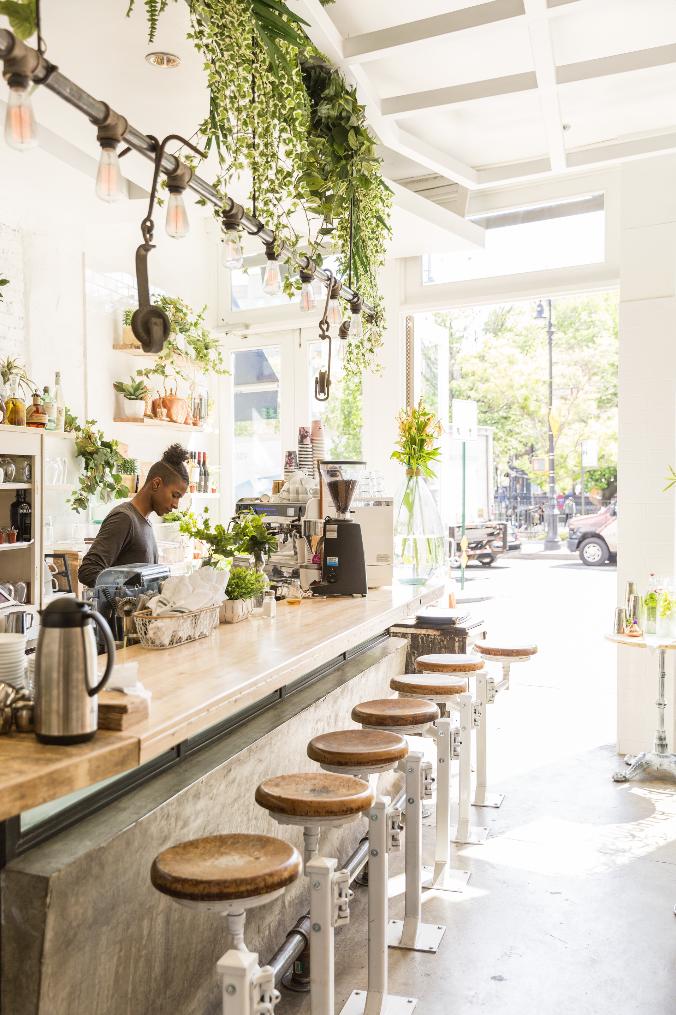 Lauren Bush Lauren Talks New FEED Designs and Summer Style ...