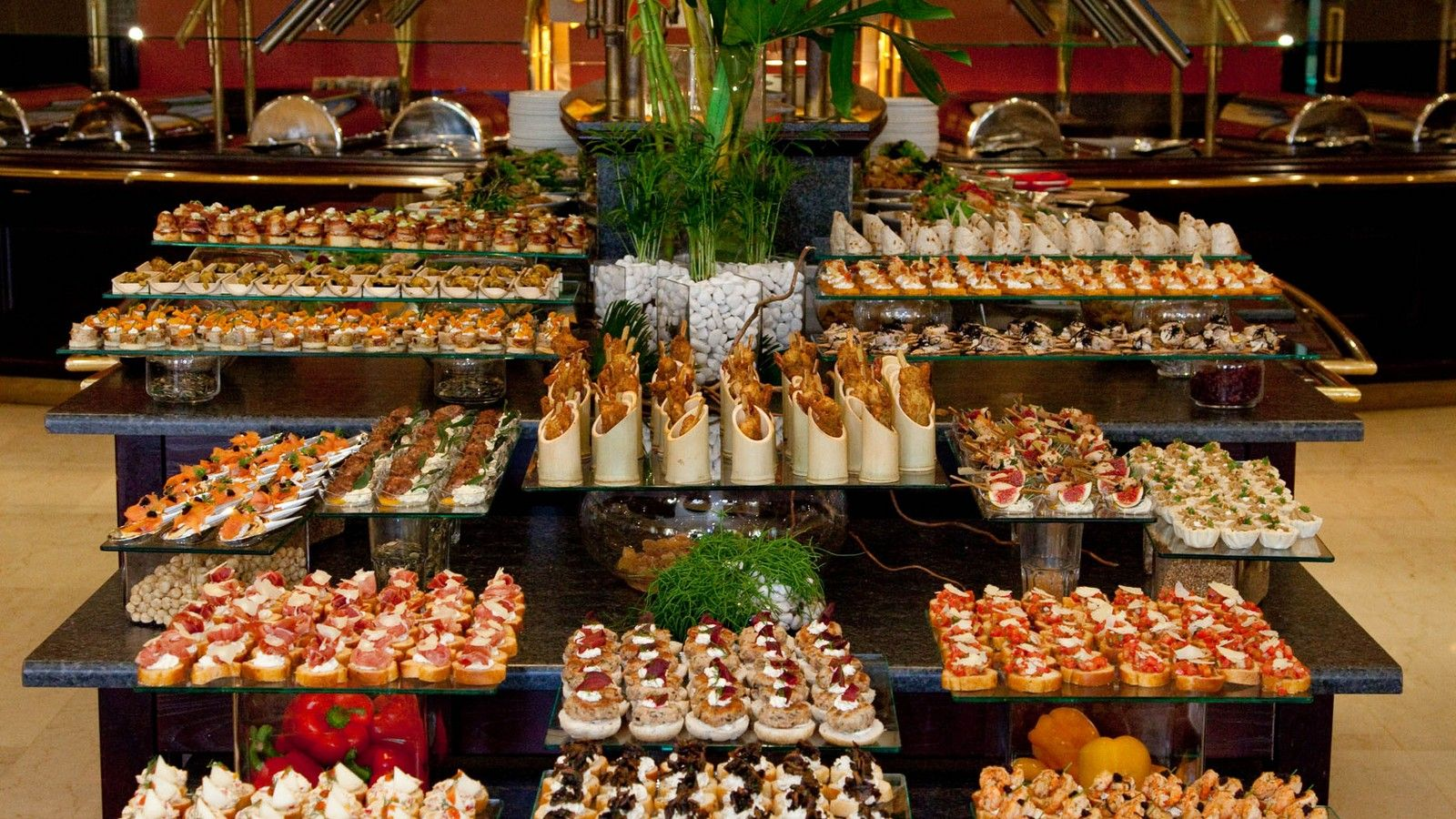 Canapes display at the sunday buffet lunch terrace for Canape display stands