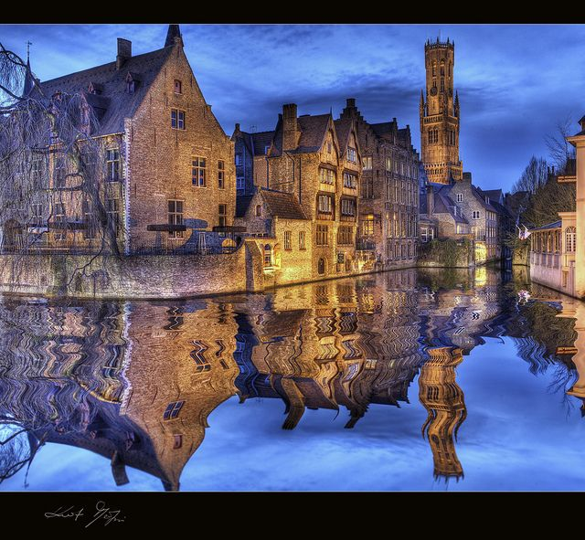 Brügge - Bruges is the capital and largest city of the province of West Flanders in the Flemish Region of Belgium