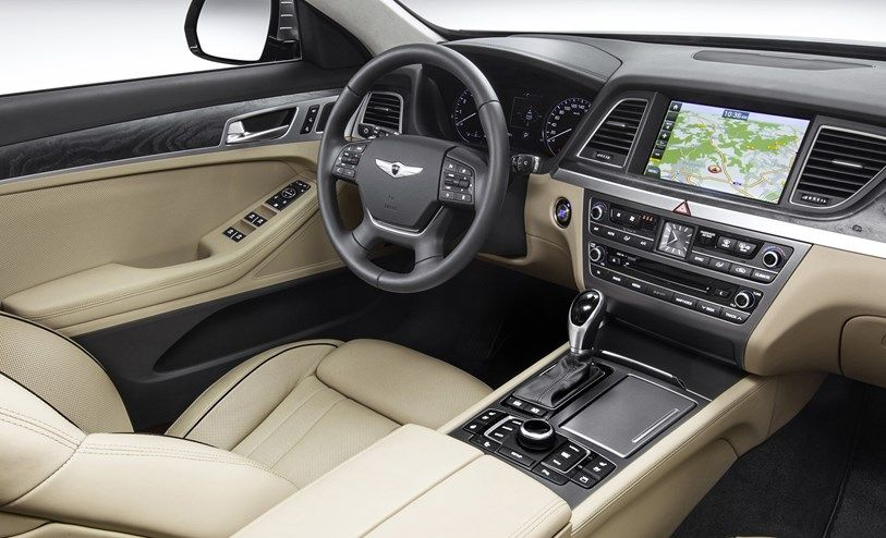 It is also the first car to feature a CO2 cabin sensor to