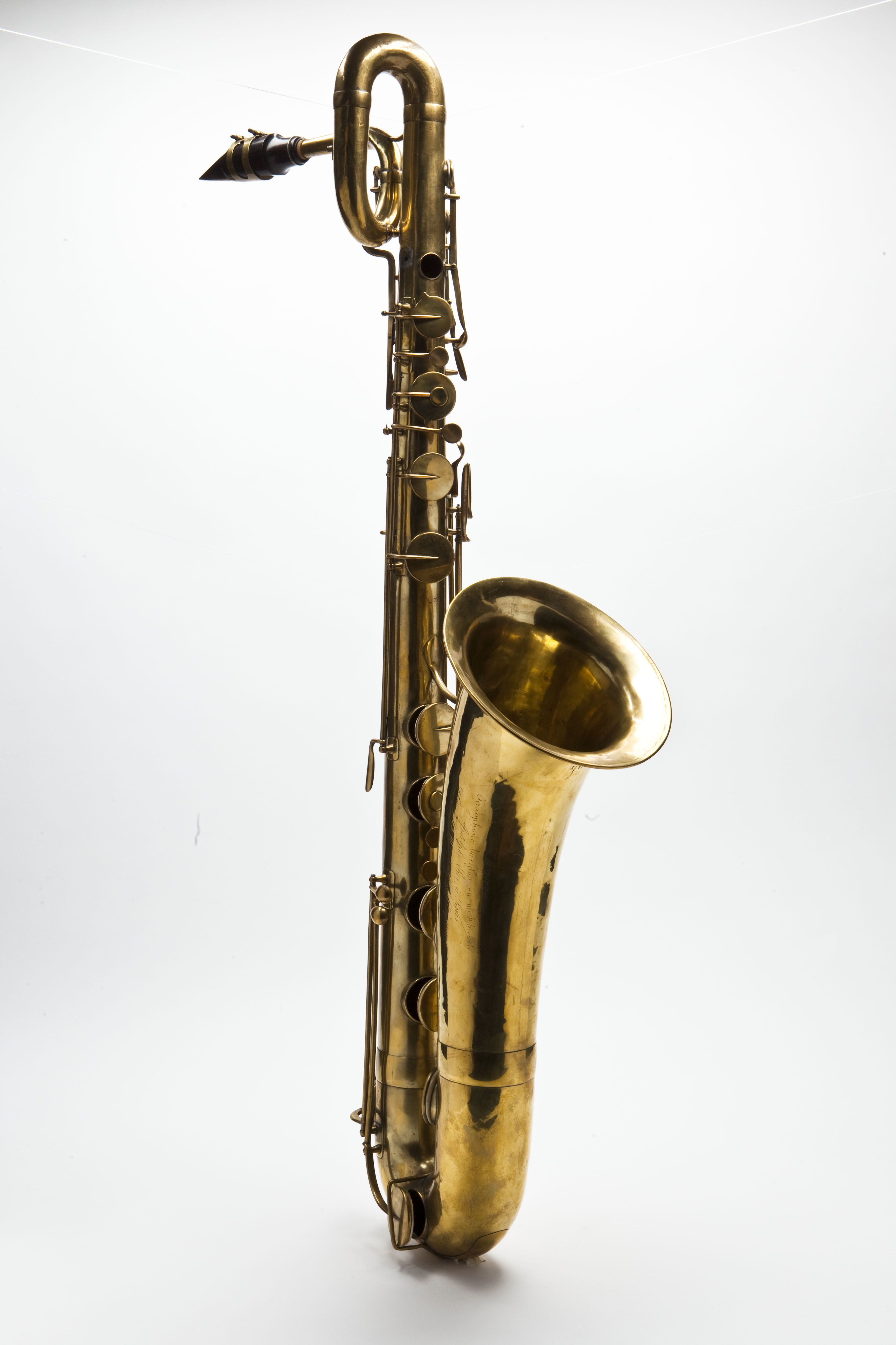 a description of the saxophone as a very misunderstood instrument Description the saxophone consists of an the arrival of the saxophone as a jazz instrument is attributed to tenor saxophonist very similar instruments are.