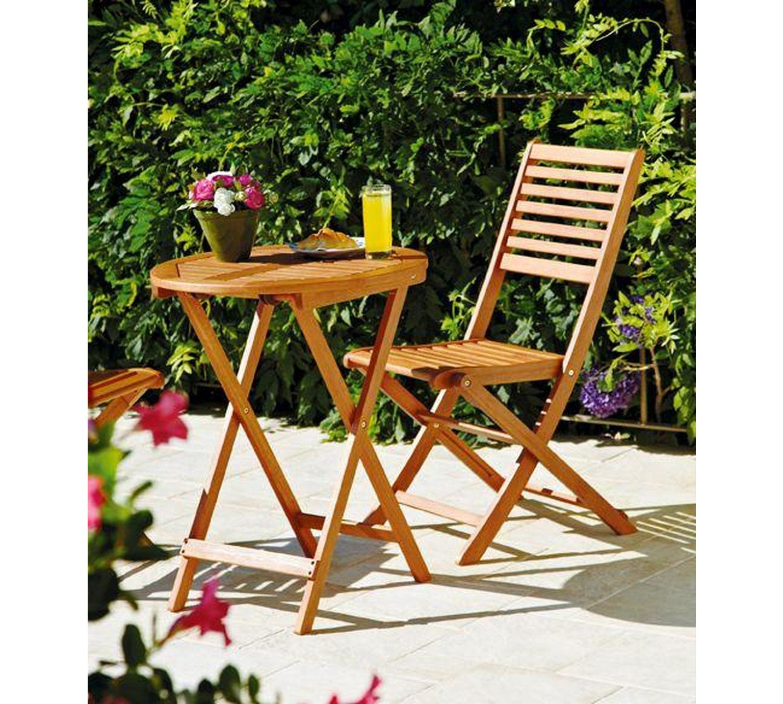Pin by Megan Dow on Patio / Balcony Garden table and