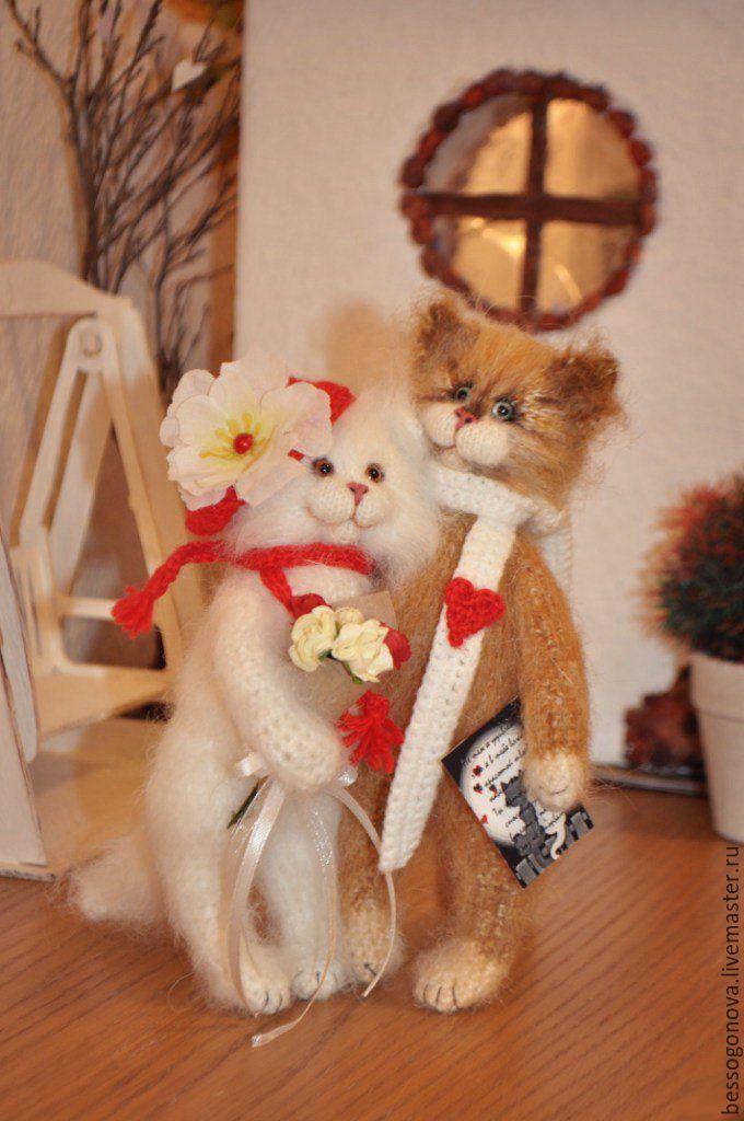 Подружки с игрушками для пары фото 117-928