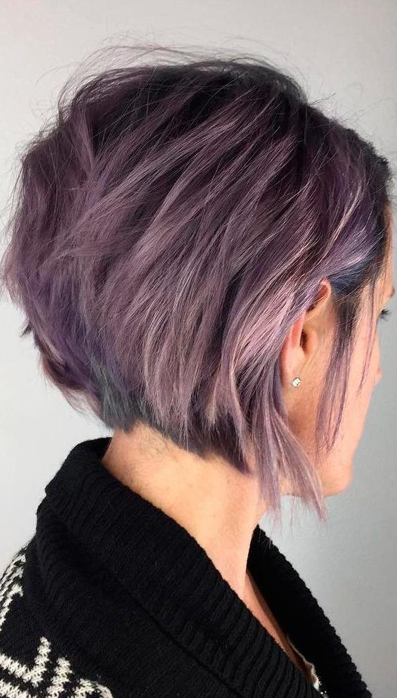 37 Short Choppy Layered Haircuts Messy Bob Hairstyles Trends For Autumn Winter Chop Messy Bob Hairstyles Angled Bob Hairstyles Choppy Layered Haircuts