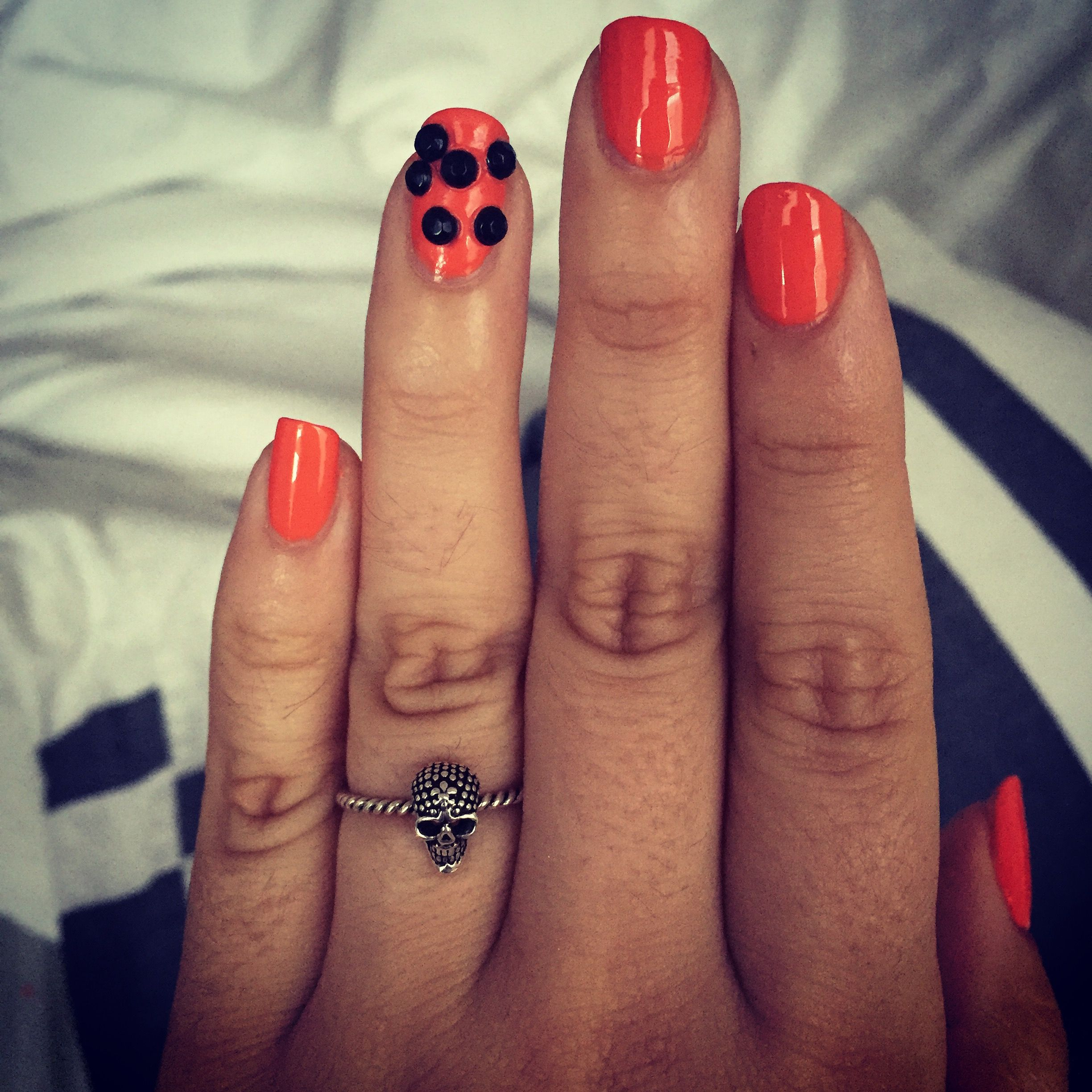 Simple Halloween nails...Sally Hansen polish | Halloween ...