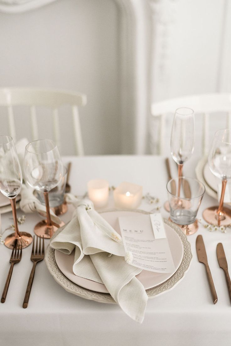Modern Crisp White Wedding Editorial thats Warm and Inviting and ALL Gorgeous