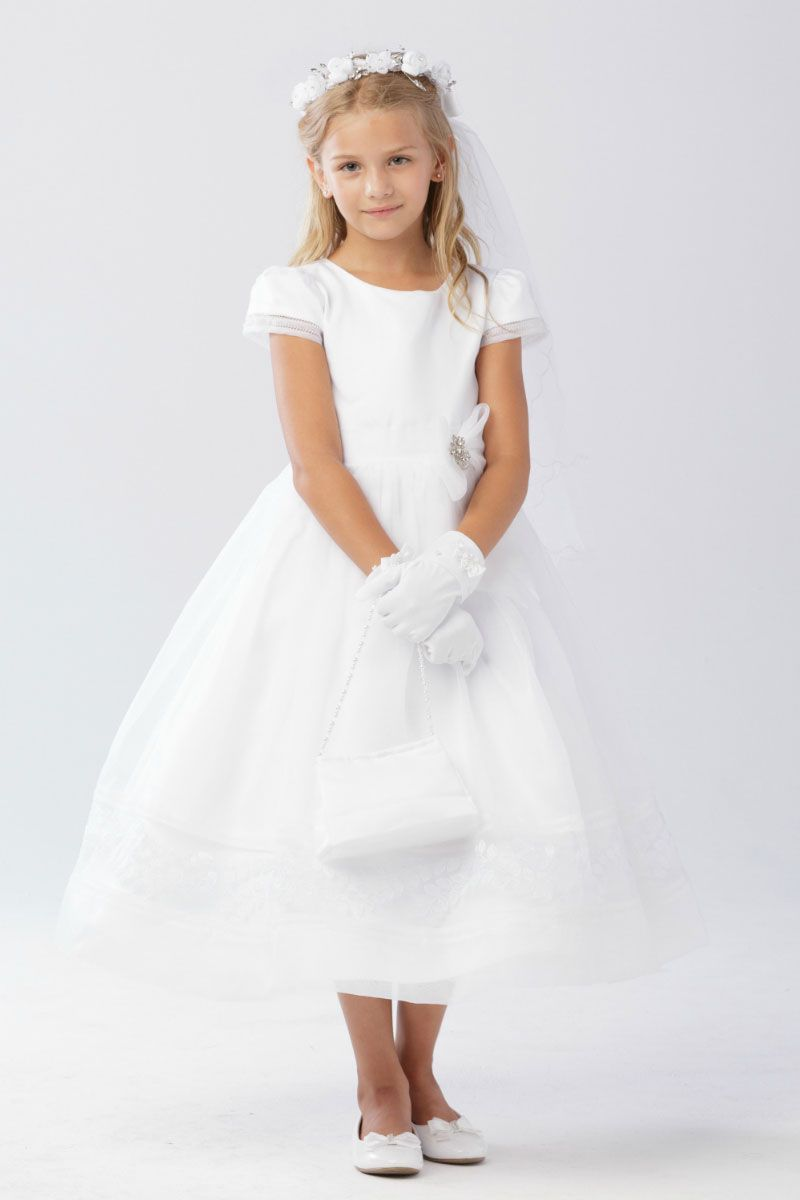 First Holy Communion Dress With Layered Lace First Communion Dresses Girls First Communion Dresses Girls Communion Dresses [ 1288 x 933 Pixel ]