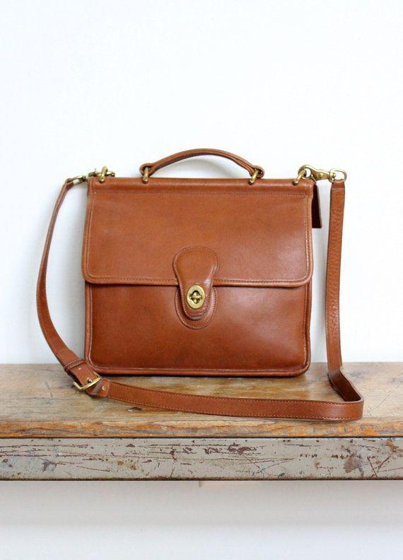 74cf6f8cea Vintage Coach Bag    Willis Bag in British Tan    Crossbody Bag Messenger  Purse Handbag 9927