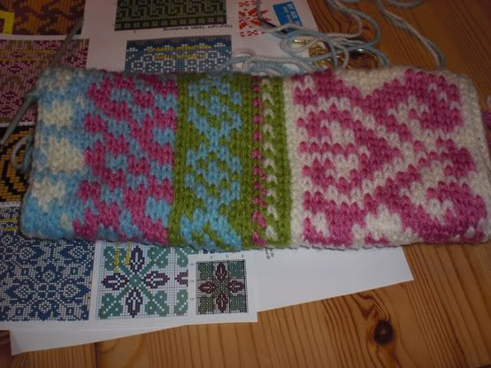 How It's Made: Fair Isle Crochet [MANY PICS] ~ since I don't ...