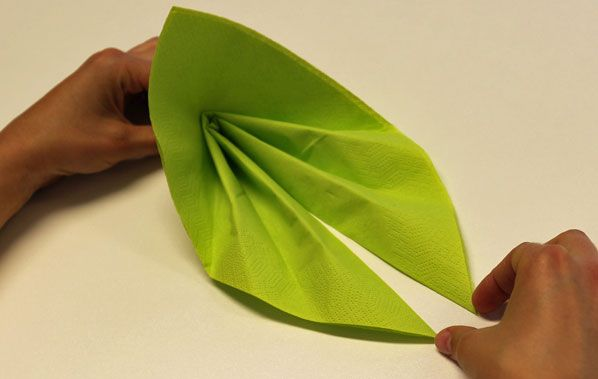 servietten falten facher a anleitung