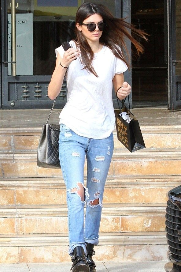11 Celebrities Wearing Ripped Jeans – Who Wore It Best ...