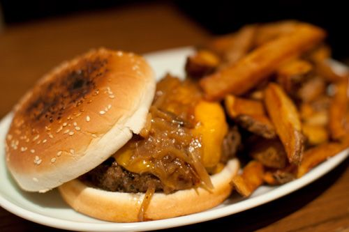 Dry Aged Burgers For A Good Price At The Brindle Room In The East Village With Images Burger World