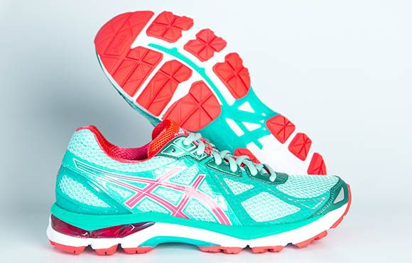 Asics, Nike, Mizuno: We put 'em all to the test. See what we thought about them in our 2015 fall running shoe guide.