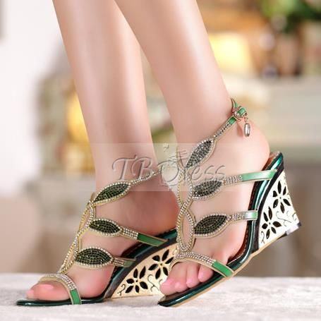 Beading Rhinestone Wedges Heel Womens Sandals (Plus Size Available)
