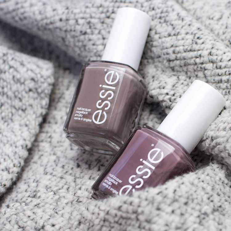 It S Sweater Weather And These Two Essie Shades Complement Our Favorite Knits Oh So Perfectly Which Do You Go For Nail Polish Essie Chinchilly How To Do Nails