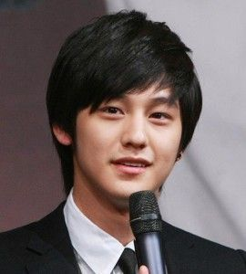 KIM HYUN JOONG Asian Hairstyle For Round Face