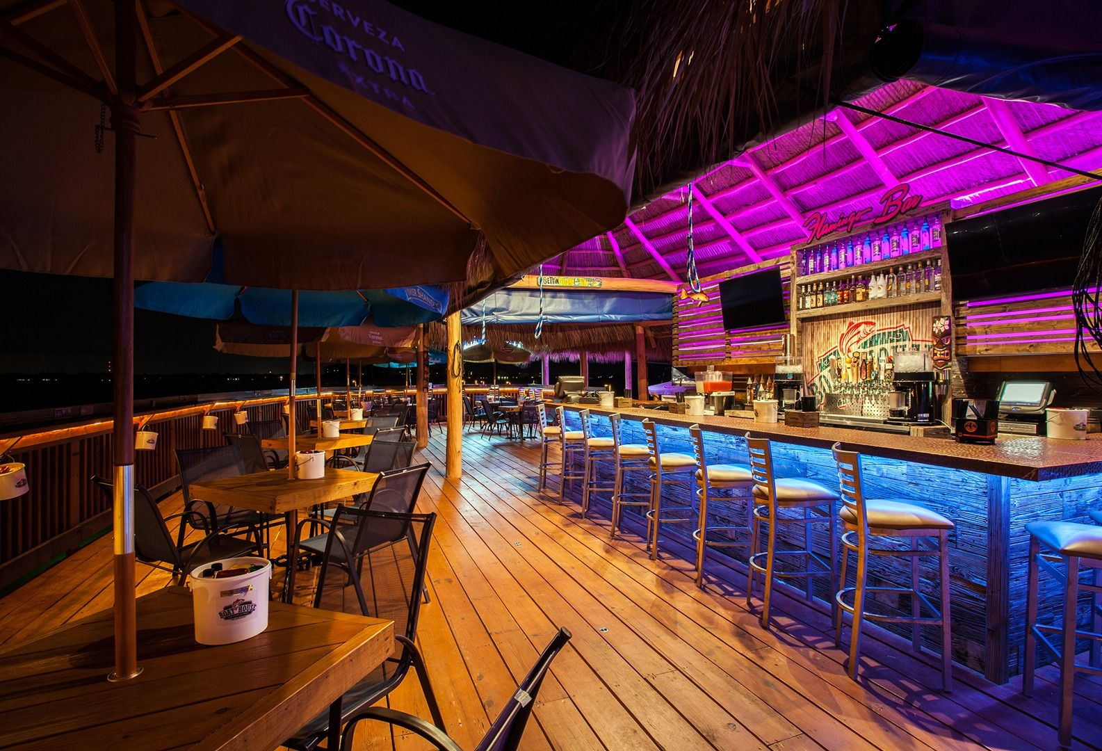 The boathouse tiki bar grill 5819 driftwood pkwy cape coral fl 33904 places to experience - Restaurant bar and grill ...