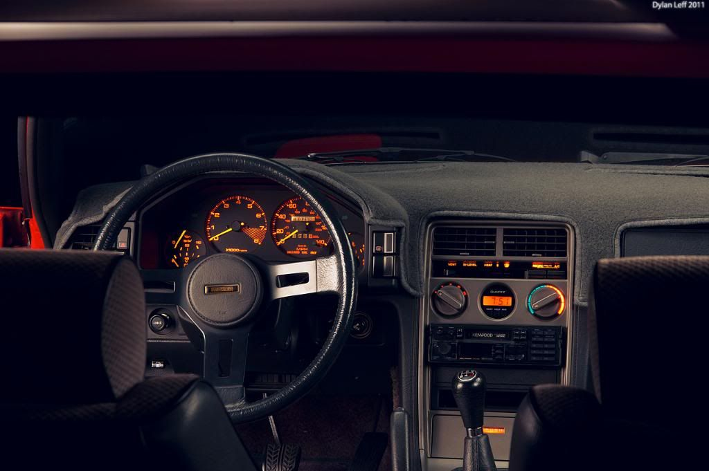1st Generation Mazda RX7   Interior