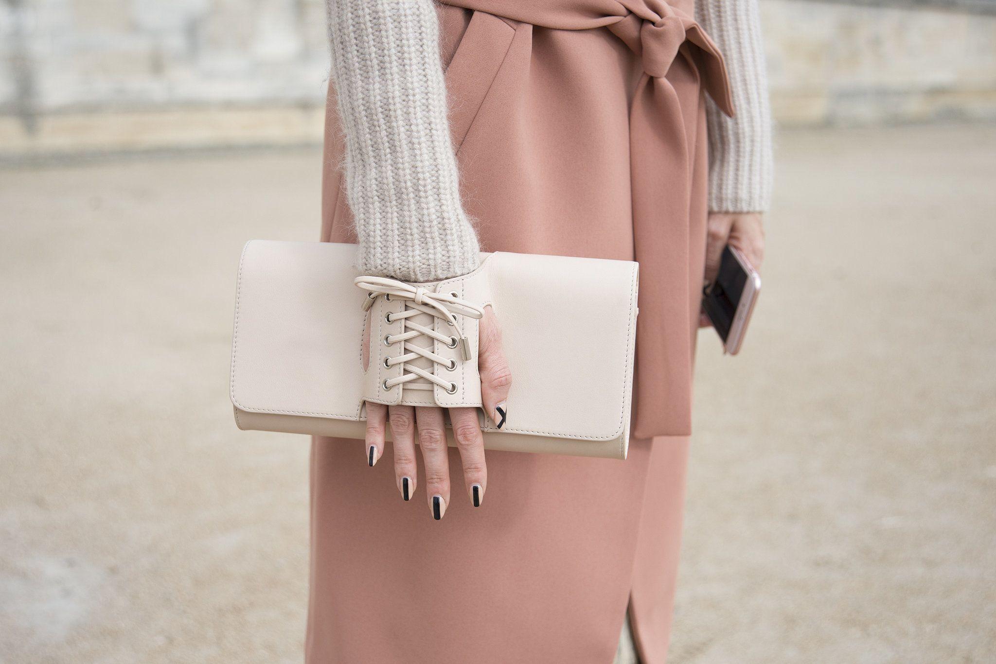 Tasche von Perrin Paris.