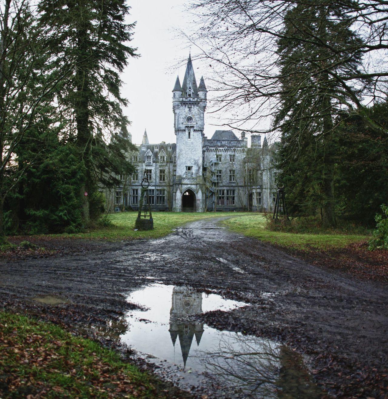 Sonya-heaney: Abandoned Castle In