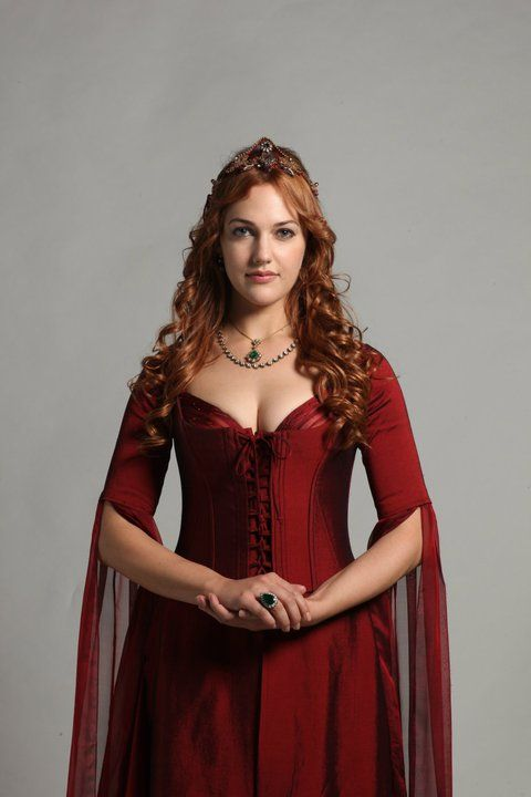 a8292a7f27845 Hürrem Sultan from Magnificent Century in a gorgeous red dress ...