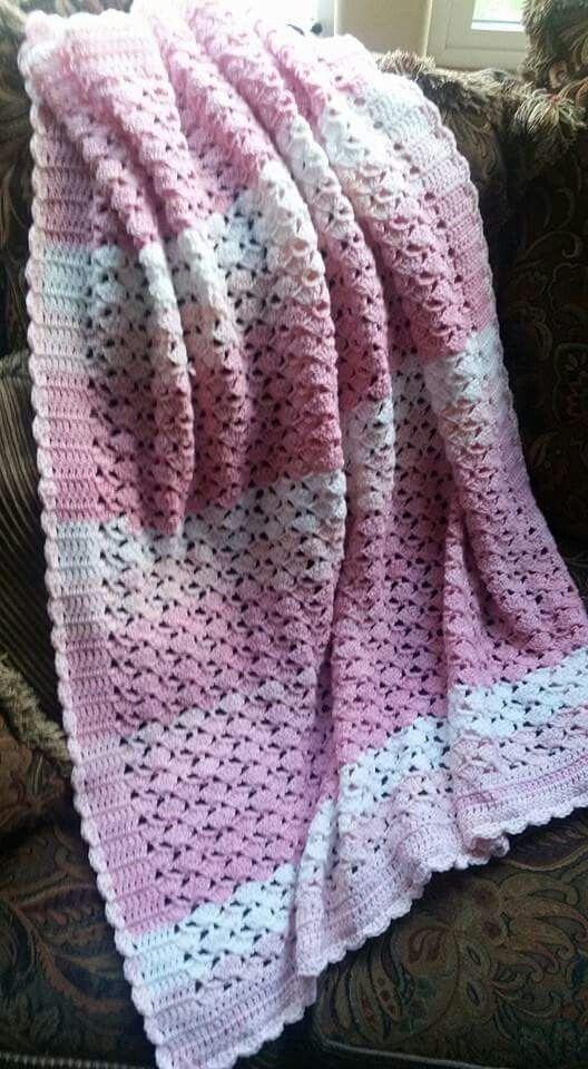 Crochet scallop blanket (scallop, sl st, hdc, 2 dc, hdc, sl st ...
