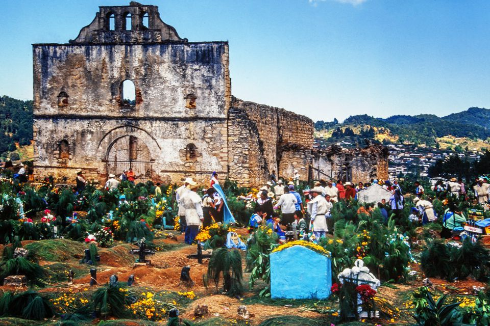 The 8 Best Day Of The Dead Destinations In Mexico Mexico Mexican Folk Art Day Of The Dead
