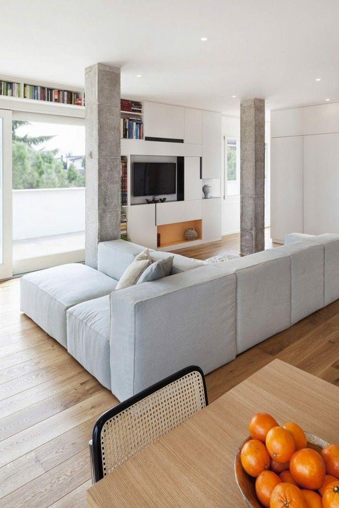 wanddesign wohnzimmer offener wohnplan betonsäulen holzboden - schöne tapeten fürs wohnzimmer