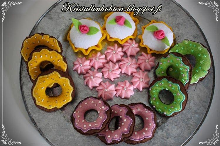 Kristallin hohtoa- blog: leikkimökin ruokia,  felt food from playhouse
