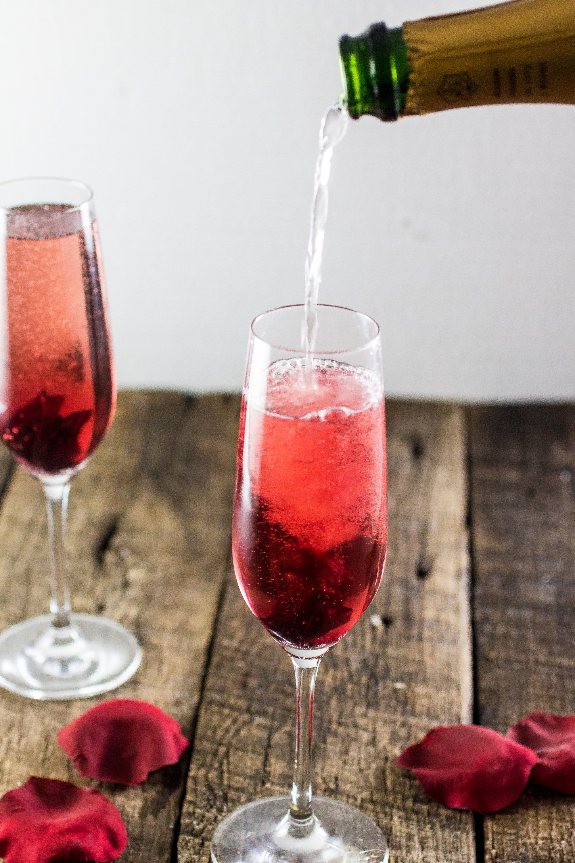 Hibiscus Champagne Cocktail Champagne Cocktail Easy Brunch Cocktails Cocktails