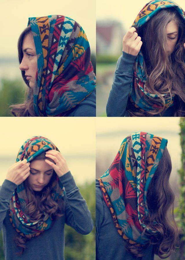 5df392cea747 Conseils de mode, comment porter un foulard tube, porter une écharpe snood  tubulaire autour du cou ou sur la tête autour des cheveux , bien le mettre.