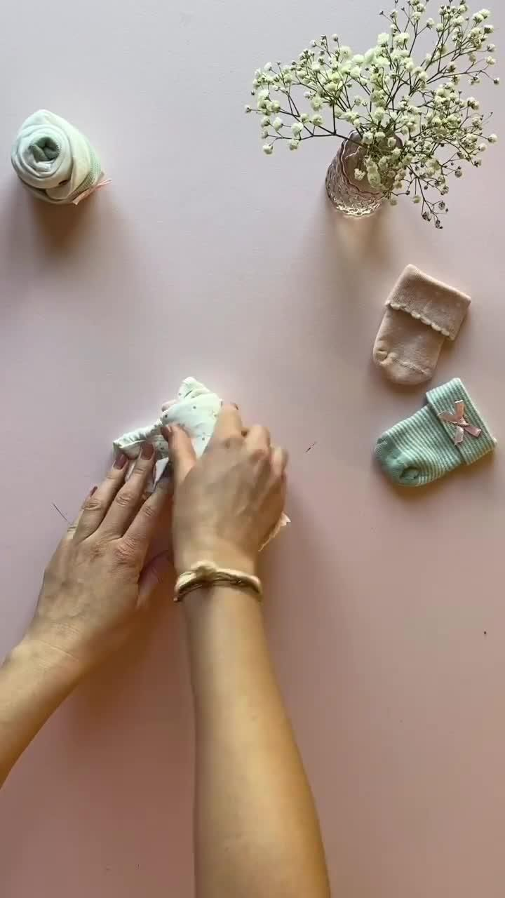 Geburtsgeschenk Babysöckchen Cupcakes – Sweet Up Your Life
